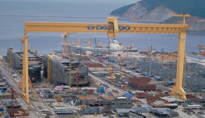 Foto: Şantierele navale sud-coreene  mizează pe tot mai puţine comenzi