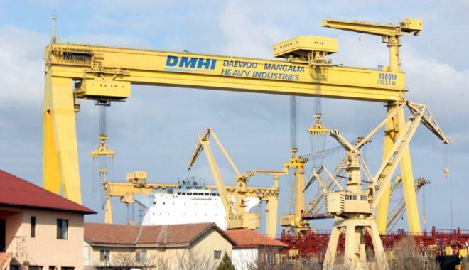 Foto: Se caută o soluţie de rezolvare urgentă  a situației de la Șantierul Naval Mangalia