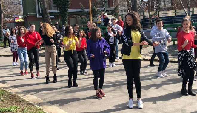 Săptămâna națională a voluntariatului, la Constanța - saptamanavoluntariatului-1557696270.jpg