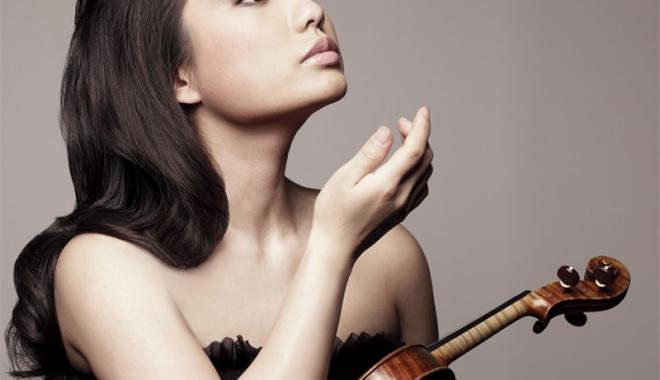 Foto: Sarah Chang va cânta în premieră absolută, week-end-ul acesta,  la Constanţa