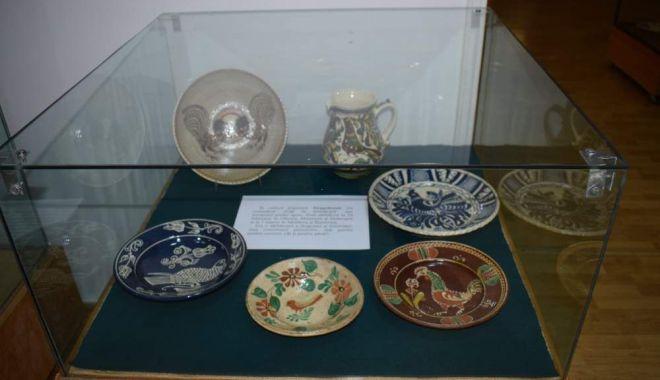 Expoziţie de Dragobete, la Muzeul de Artă Populară - sarbatoare-1614081577.jpg