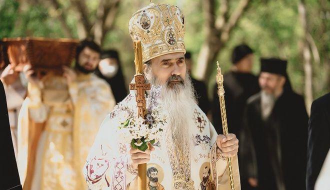 Creştinii ortodocşi sărbătoresc Izvorul Tămăduirii - sarbatoare-1620148986.jpg
