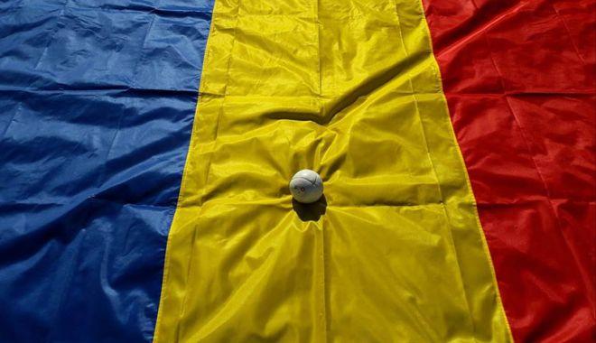 Foto: Şase echipe la Naţionalele de oină pentru junioare