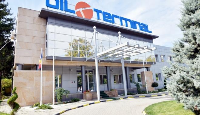 Foto: S-au luptat să distrugă compania Oil Terminal