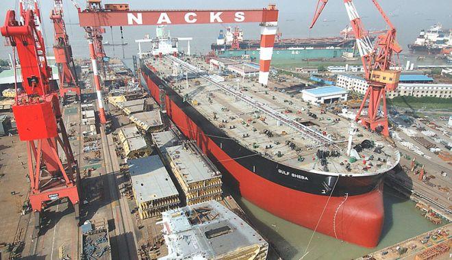 Foto: Scădere dramatică a comenzilor  din industria navală