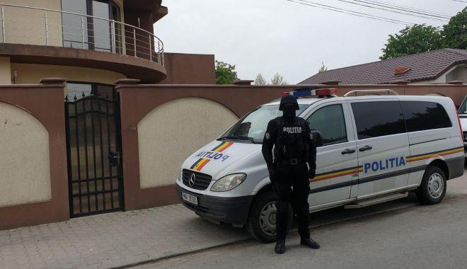 Foto: Scandalagii amendaţi de poliţiştii constănţeni