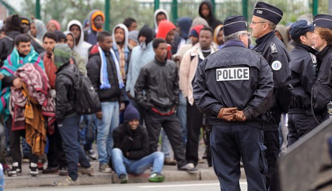 """Foto: Scandalul privind migraţia. """"Europa şi SUA nu au acelaşi model de civilizaţie"""""""