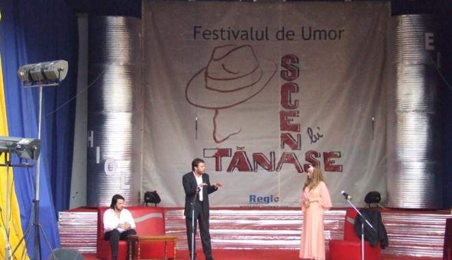 "Foto: Teatrul ""Constantin Tănase"" a făcut senzaţie la Techirghiol"