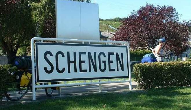 Foto: Ce spune premierul Emil Boc despre problemele aderării României la Schengen