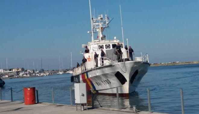 Schimb de ştafetă la Poliţia de Frontieră. Nava MAI 1102 supraveghează frontierele Europei - schimbdestafeta2-1533659584.jpg