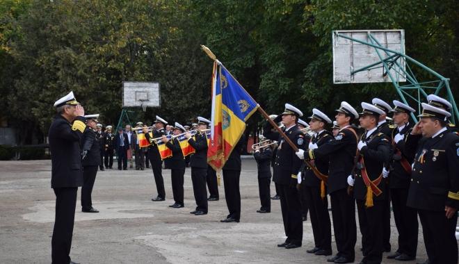 Foto: Maiştrii militari de marină, la ceas aniversar