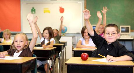 Copiii şi tinerii din România merită în şcoli şi licee, profesionişti în educaţie - scoli-1493722755.jpg