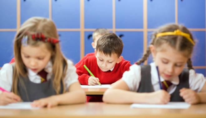Foto: Şcolile bune de cartier, la mare căutare pentru clasa pregătitoare