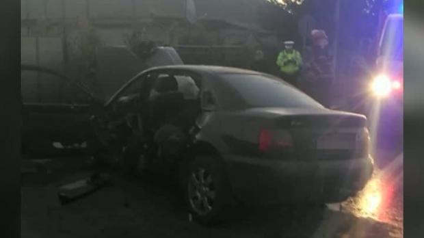 Foto: TRAGEDIA dimineţii, pe drumul Hârşova - Tulcea! Un om a murit şi alţi doi sunt răniţi grav