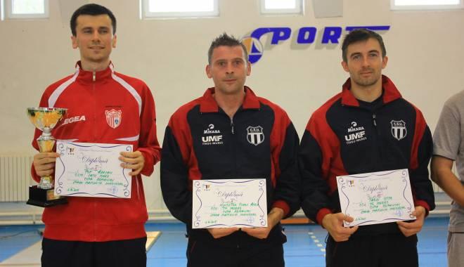 Scrimă: Adrian Pop, câştigătorul Cupei României la spadă masculin - scrima4-1443782600.jpg