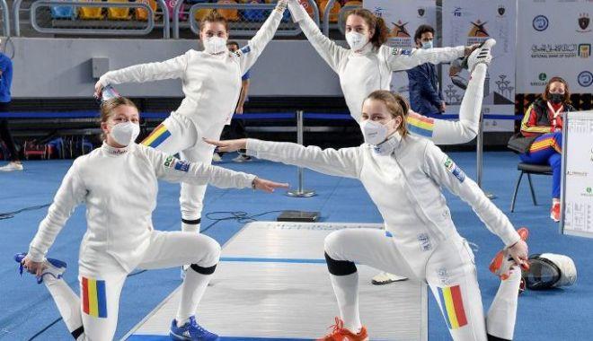 Scrimă / Locul 14 pentru echipa feminină de spadă juniori a României, la CM de la Cairo - scrimacairo-1618238925.jpg