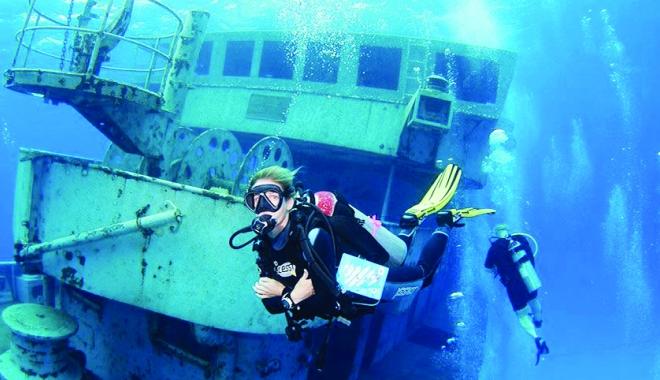 Foto: Scufundări în Marea Neagră, după epave