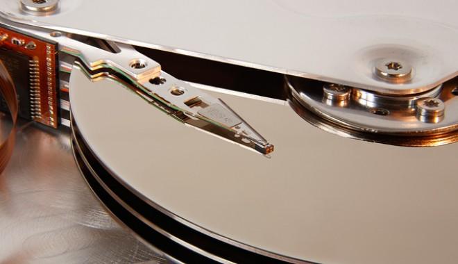 Foto: Seagate livrează hard disk-uri de 8TB