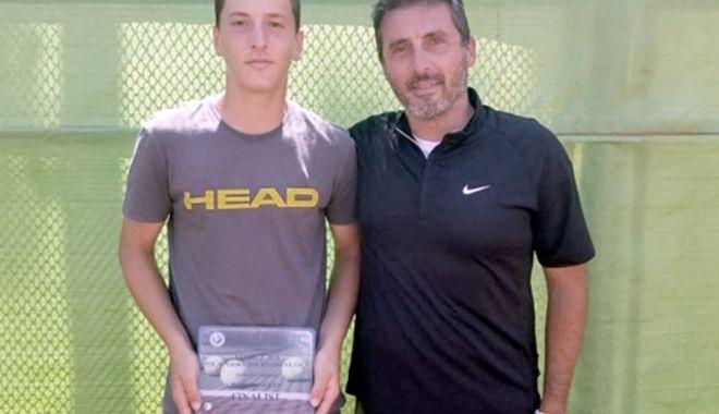 Foto: Sebastian Gima, dublu campion la turneul ITF Juniors de la Taskent