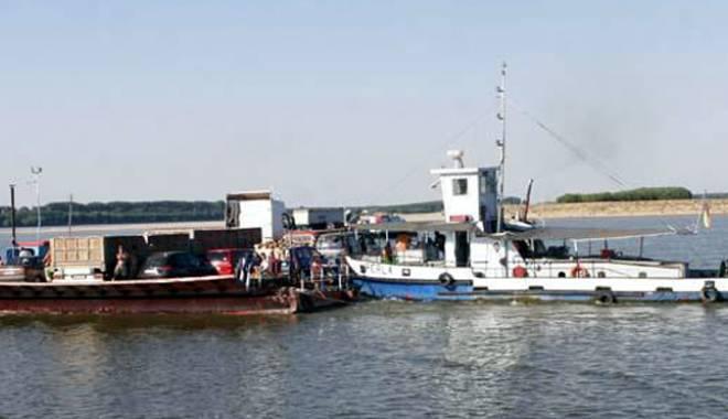 Foto: Seceta face dificilă navigaţia pe Dunăre