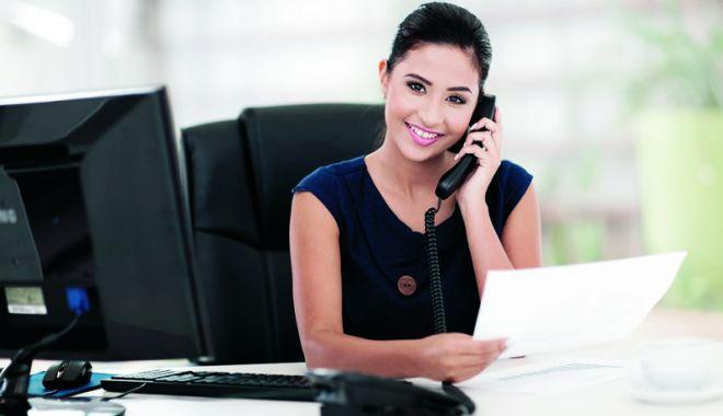 Foto: Secretară nouă la serviciu