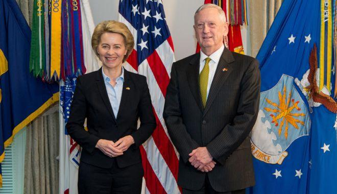 Foto: Secretarul american al Apărării apreciază planul de cheltuieli militare al Germaniei