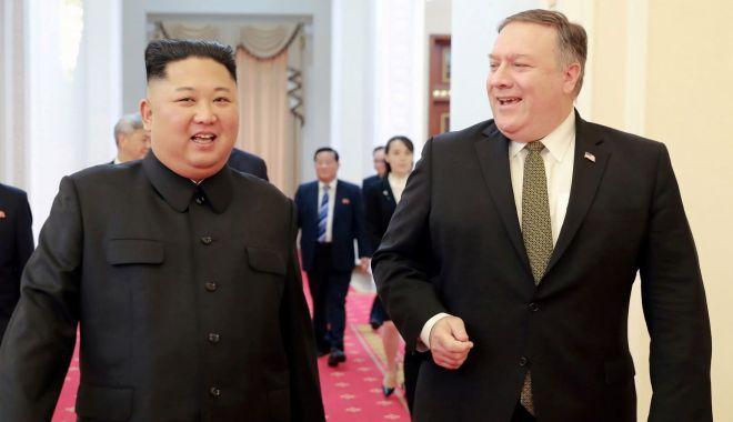 "Foto: Secretarul de stat american, despre Kim Jong Un: ""Este un tiran!"""