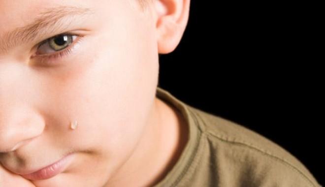 Foto: ŞOCANT: băieţei bătuţi şi obligaţi să întreţină relaţii sexuale orale