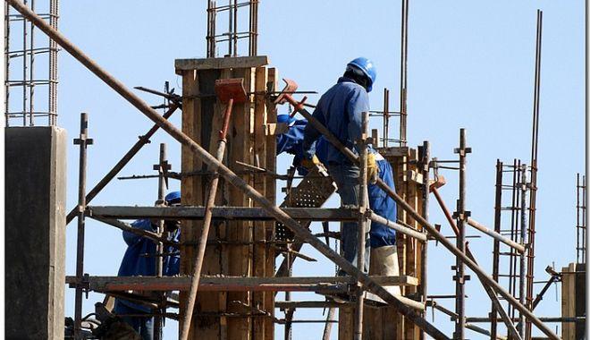 Foto: Sectorul construcțiilor e în picaj