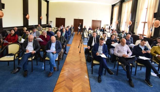 Foto: CJC vrea să preia stadionul Farul Constanţa. Va trece proiectul de votul liberalilor?