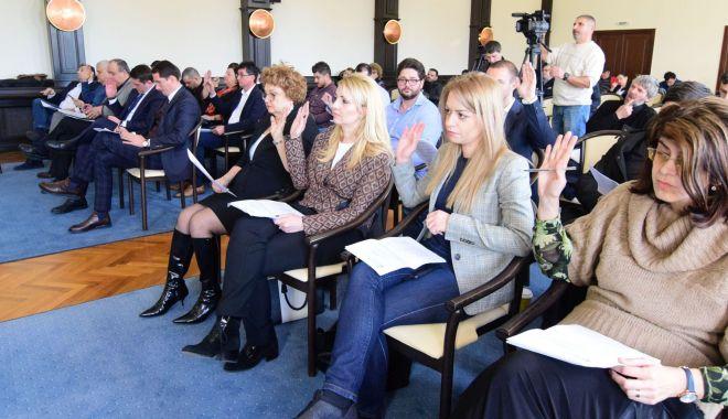 Consilierii locali din Constanța se reunesc în ședință. Ce proiecte se votează - sedintaconsiliullocalconstanta10-1555856315.jpg