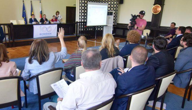 Ședință de Consiliu Local, la Constanța. Prețul gigacaloriei, neschimbat pentru populație - sedintaconsiliulocal2-1588003315.jpg