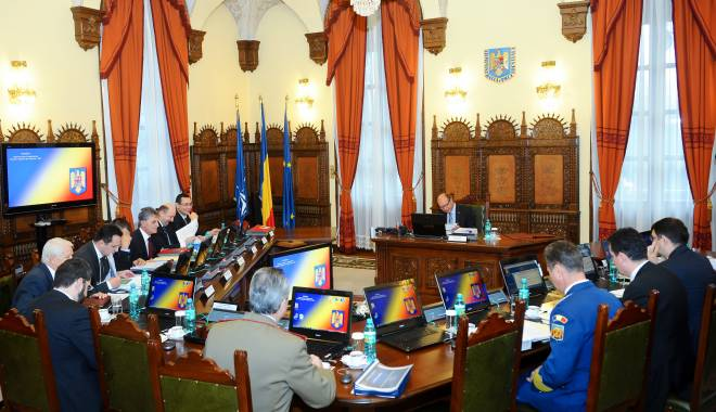 Foto: Guvernul, cu temele nefăcute în CSAT