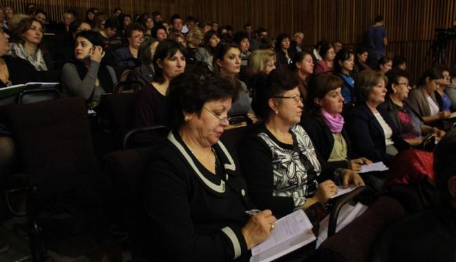 Foto: Şedinţă cu directorii constănţeni de unităţi şcolare