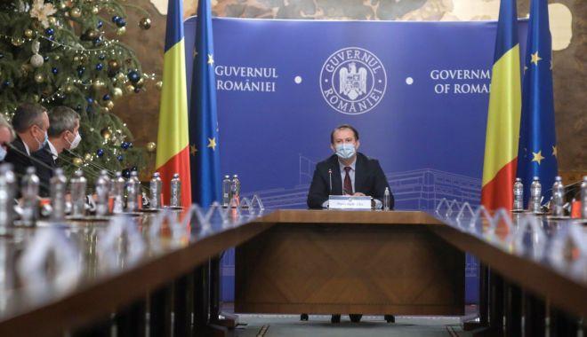 Guvernul urmează să modifice în şedinţa de mâine statutul prefectului - sedintaguverncitu1-1611689885.jpg