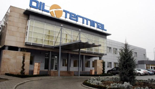 """Foto: Acţiunile """"Oil Terminal"""", cotate în creştere cu 7,05%"""