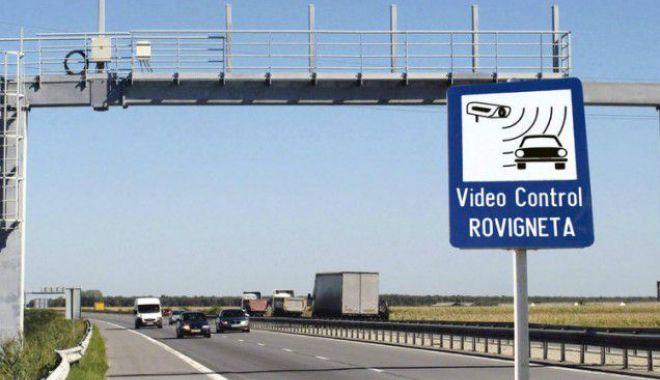 Foto: Şoferi, aveţi nevoie de rovinietă? Anunţ important de la CNAIR