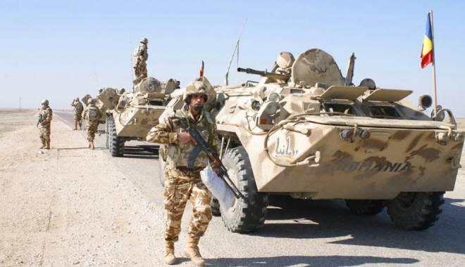 Foto: Se întorc militarii români din Afganistan