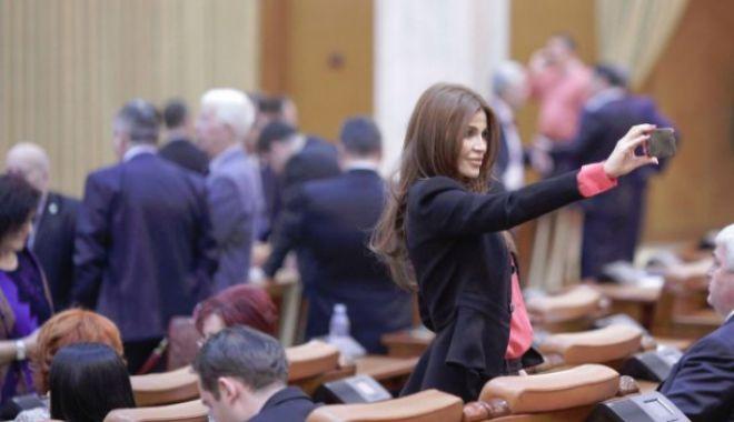 Foto: O nouă plângere penală pe numele procurorilor Lucian Onea şi Mircea Negulescu