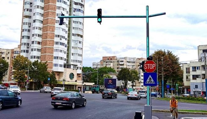 Foto: Zona Capitol, modernizată. Administrația locală montează semafoare inteligente
