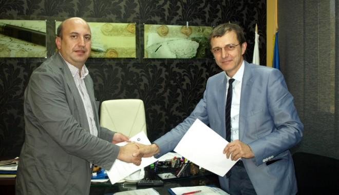 """Foto: Universitatea """"Ovidius"""", parteneră  cu """"Babeş - Bolyai"""""""