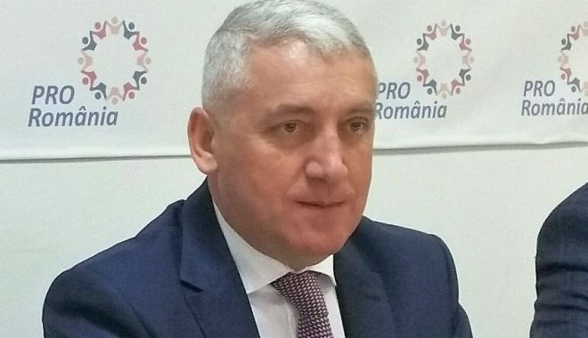Senatorul Adrian Țuțuianu: