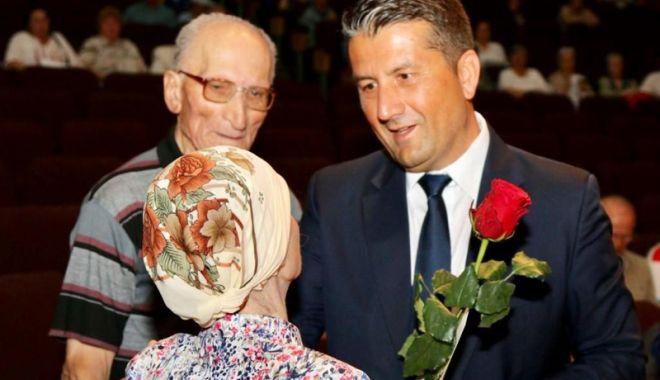 Foto: Seniorii Constanței, premiați  de Primăria Constanța