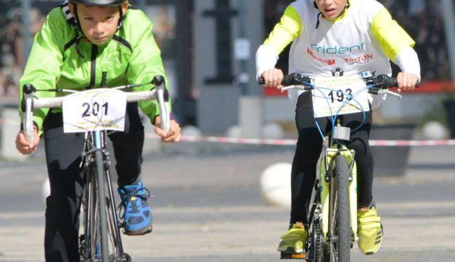 Foto: Se pedalează la Constanţa! O nouă ediţie a Cupei Mării Negre