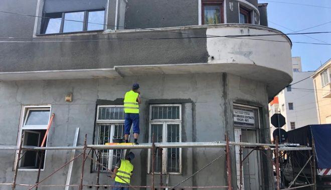 Se reabilitează clădirile aflate în proprietatea municipalității - sereabiliteaza-1560371428.jpg