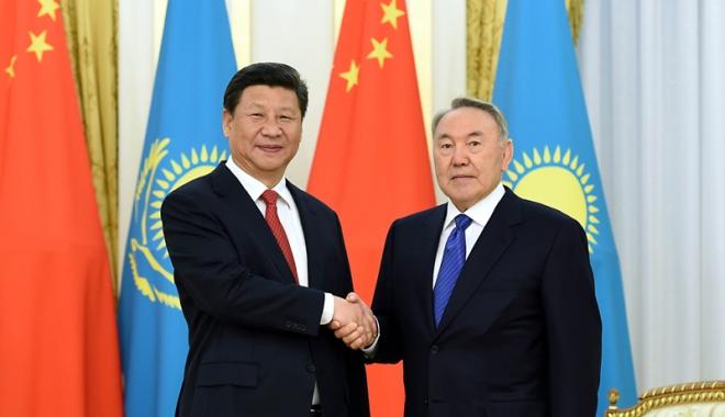 Foto: Se reface DRUMUL MĂTĂSII. Contracte  de 26 de miliarde de dolari agreate  de China şi Kazahstan, la summitul G20