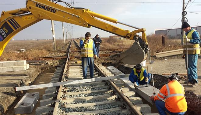 Se reiau lucrările de reabilitare pe coridorul IV feroviar - sereiaulucrarile-1487783301.jpg