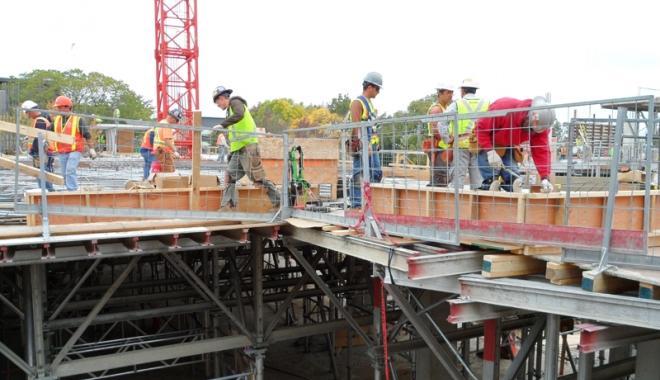 Foto: Se relansează construcţia de locuinţe