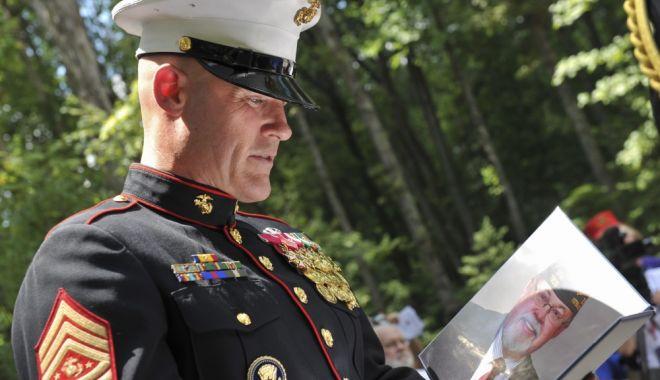 Foto: Sergentul nu vorbește pe ocolite!