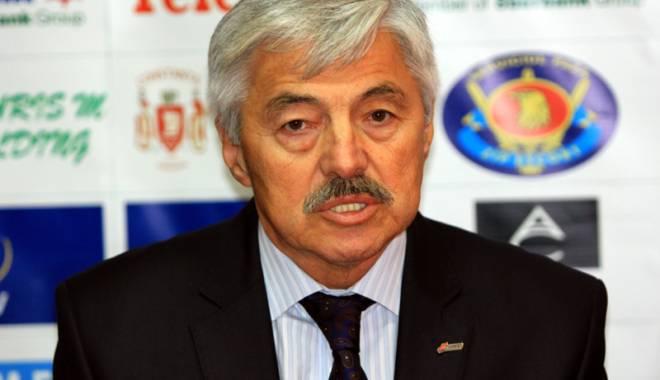 Foto: Serhan Cadâr şi-a depus candidatura la şefia Federaţiei Române de Volei